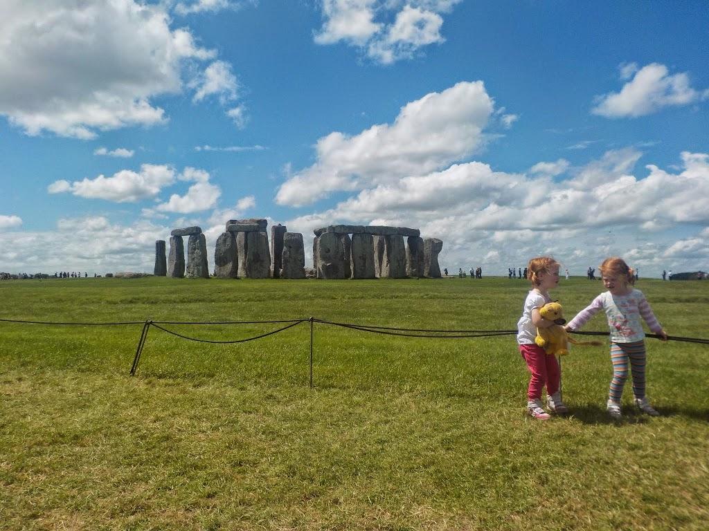 visiting Stonehenge with chilren
