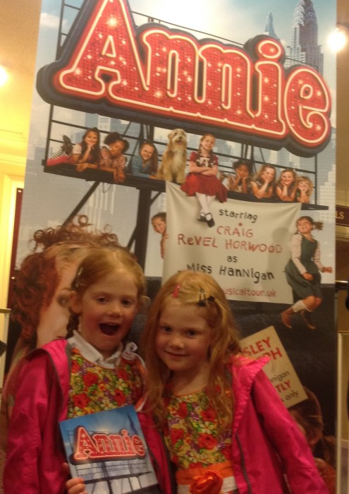 Watching Annie at Hull New Theatre