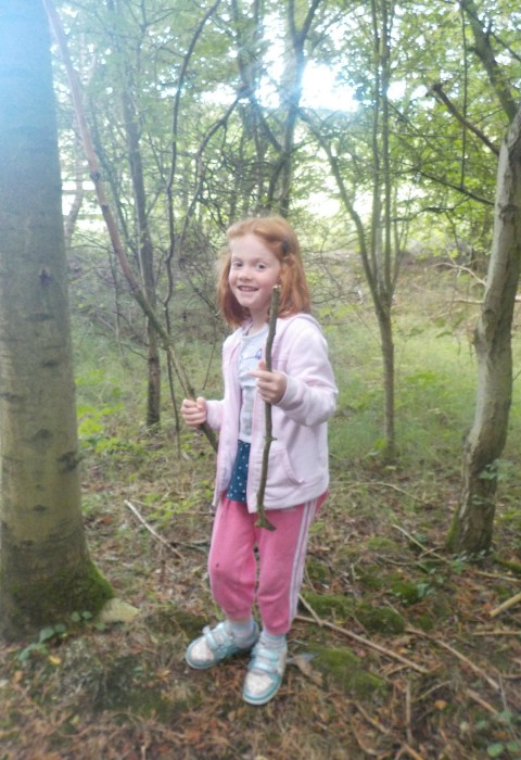Doing a nature scavenger hunt at Tophill Low