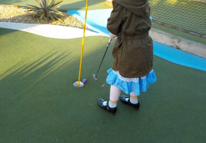 Pirate Adventure Golf Hull