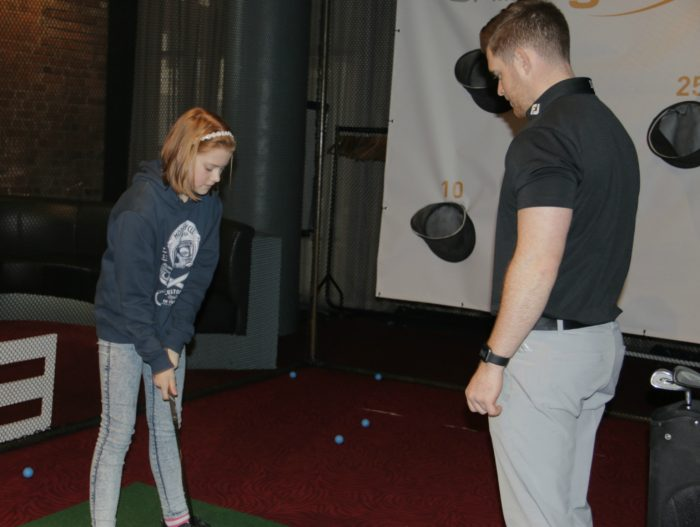 Learning to chip with Online Golf