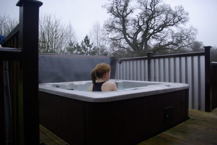 The hot tub in lodge 65 at Sandybrook Country Park